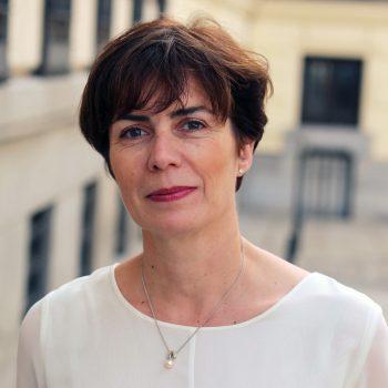 Manzano, Cristina